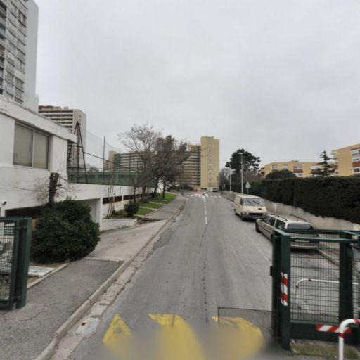 Eker Efkan - Vente et pose de revêtements de sols et murs - Marseille