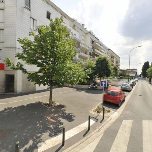 Bodiong Tchekane Cyrille - Création de sites internet et hébergement - Alfortville