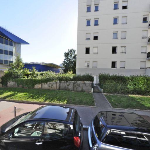 Addbike - Agent concessionnaire motos et scooters - Lyon