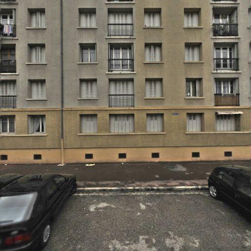 Parking Hôpital Saint-Jean de Dieu - Parking - Lyon