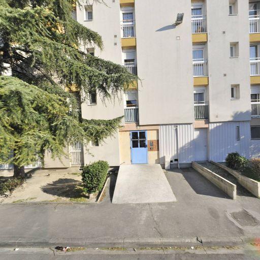 sur Facades - Ravalement de façades - Avignon