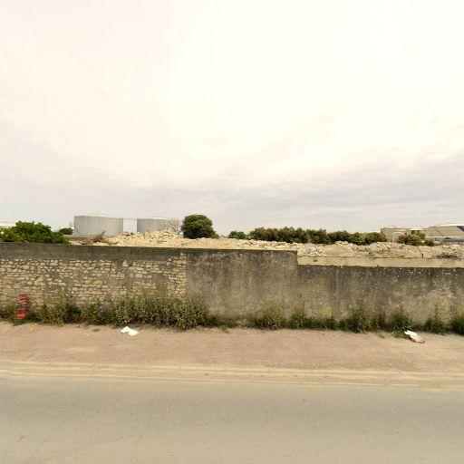 Import.Stock.Pétrole SOC - Matériel de manutention et levage - La Rochelle
