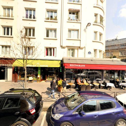 Station Vélib' Mairie du 15ème - Vélos en libre-service - Paris