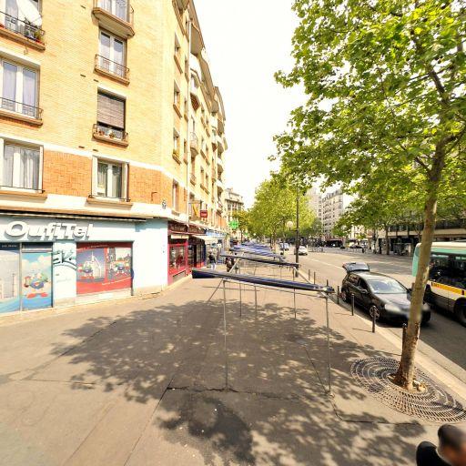 Station Vélib' Ney - Porte de Montmartre - Vélos en libre-service - Paris