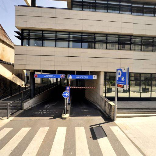 Parking Mairie-Cathédrale - Parking - Bourges
