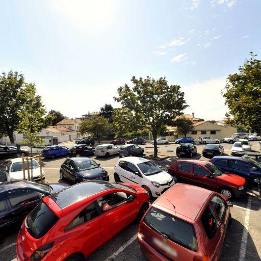 Parking Place Gabriel Péri - Parking - Arles