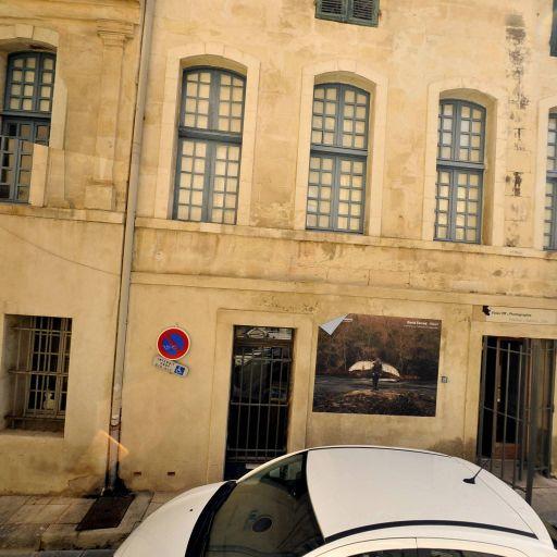 Association voies off - Développement et tirage photo - Arles
