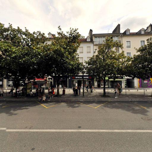 Banque Privée Bpe - Banque - Pau