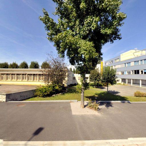 Mairie De Brive La Gailla - École maternelle publique - Brive-la-Gaillarde