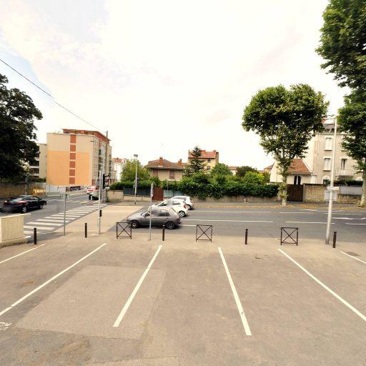 Parking Bernand - Parking - Villefranche-sur-Saône