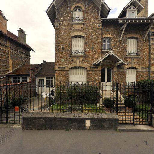 Jallot Laure - Soutien scolaire et cours particuliers - Versailles