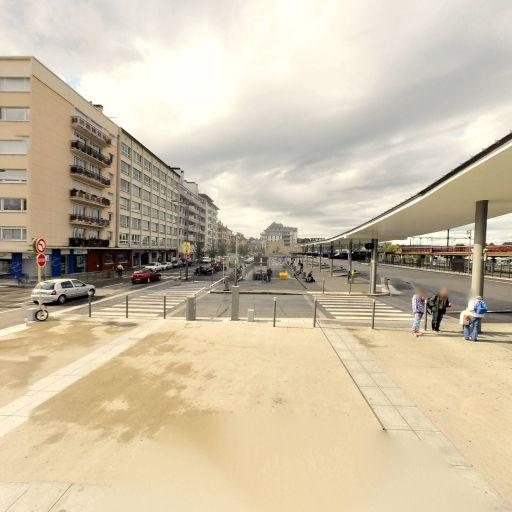 Aire de covoiturage gare routiere - Aire de covoiturage - Annecy