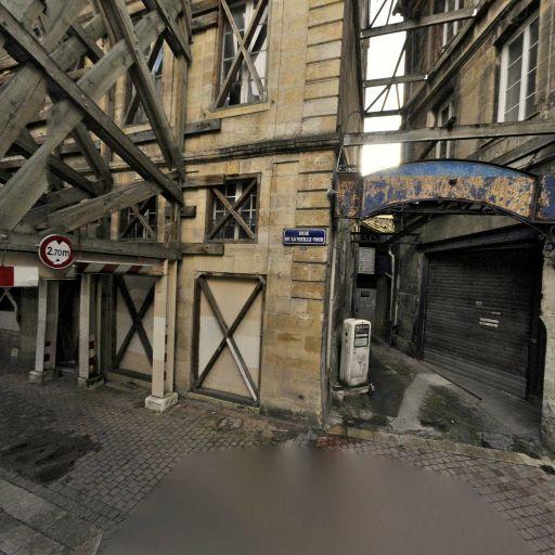 Station Ausone Mollat - Librairie - Bordeaux