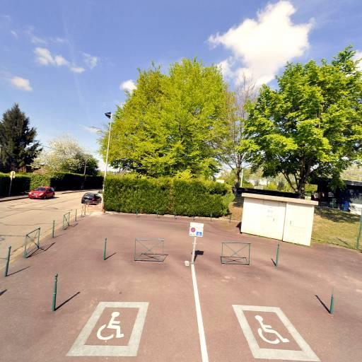 Piscine Municipale Saint-Lazare - Piscine - Limoges