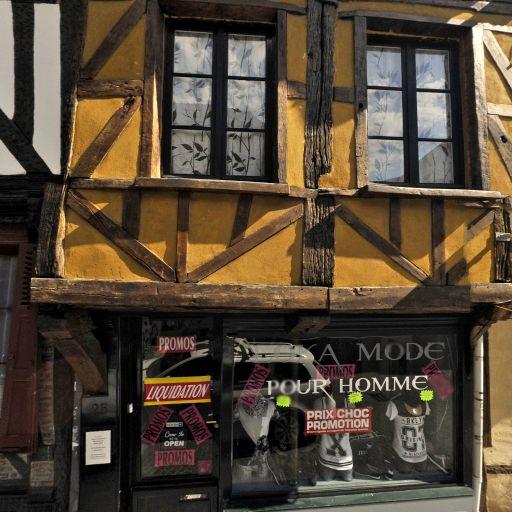 Hosstler - Fabrication d'instruments de musique - Beauvais