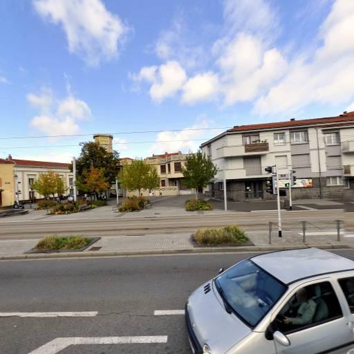 Domino's Pizza - Lieu - Clermont-Ferrand