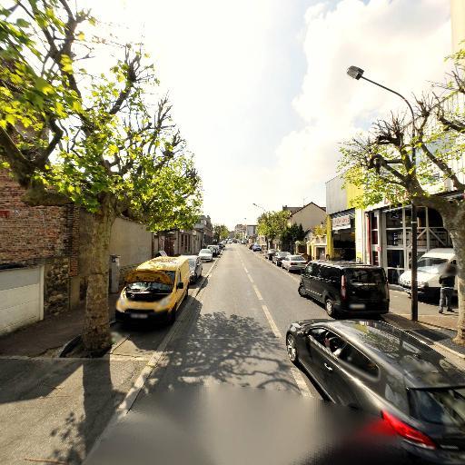 Auto 93 - Pièces et accessoires automobiles - Montreuil