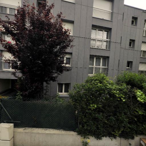 Larie B. - Coiffeur - Montreuil