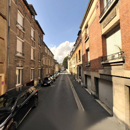 Hourlier Jasmin - Conseil en communication d'entreprises - Reims